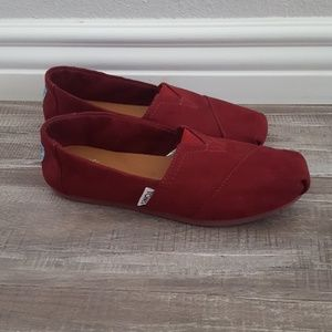 Tom's Classic Slip-Ons Suede Burgundy Size 5.5